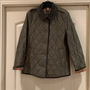 NWT Burberry Fernhill Quilted Jacket Olive Green